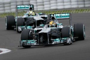 2013-7-5_Hamilton Rosberg Germany Friday_L1