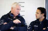 Felipe Massa talks to Pat Symonds, Williams F1 Chief Technical Officer (Image: Williams F1 Team)