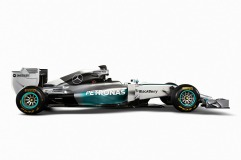 Side view of the Mercedes W05 (Image: Mercedes AMG F1)