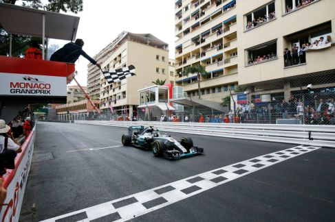 Nico Rosberg takes an unexpected win in Monaco, 2015 (Image: Mercedes AMG F1)