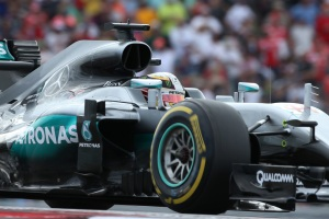 Lewis Hamilton on his way to victory at the 2016 United States Grand Prix (Image: Daimler AG)